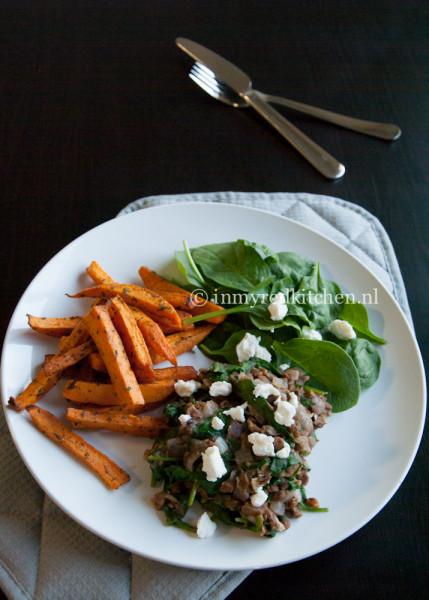 Zoete aardappel met linzen en spinazie p