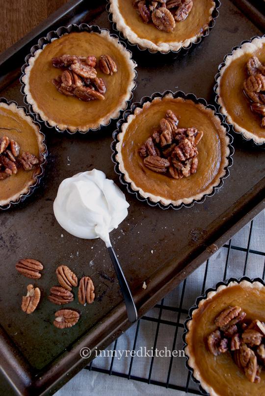 Pumpkin-pie-6-inmyredkitchen