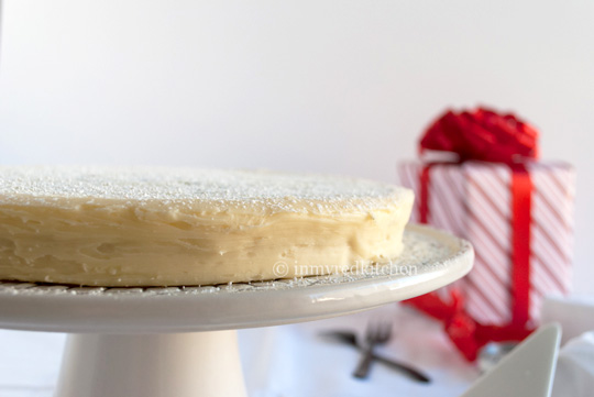 White-truffle-cake-2-inmyredkitchen