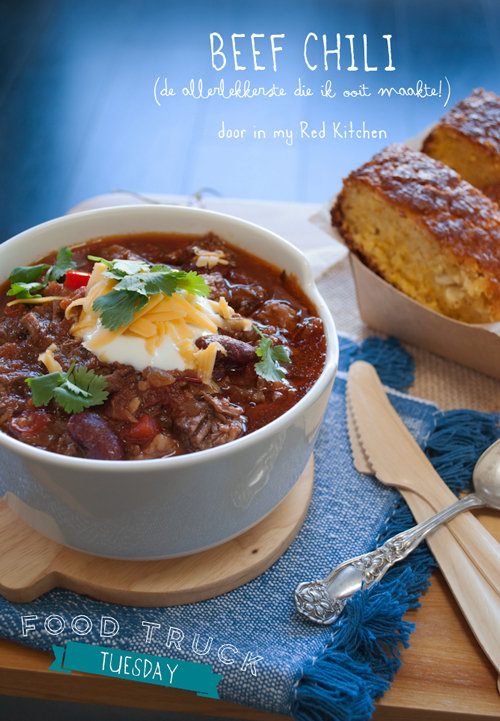 Beef chili with cornbread | in my Red Kitchen #foodtrucktuesday #foodtrucks #chili #cornbread