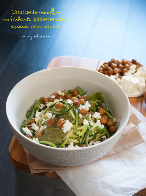 Zucchini noodles with crispy chickpeas, vegetarian and low carb! | in my Red Kitchen #glutenfree #vegetarian #lowcarb #carbfree #zoodles